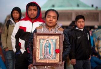 No Santuário de Guadalupe, Dom...