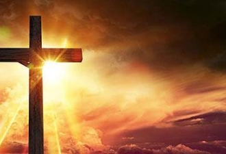 24 fiéis católicos assassinado...