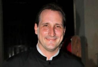 Assassinado sacerdote que tentou evitar ...
